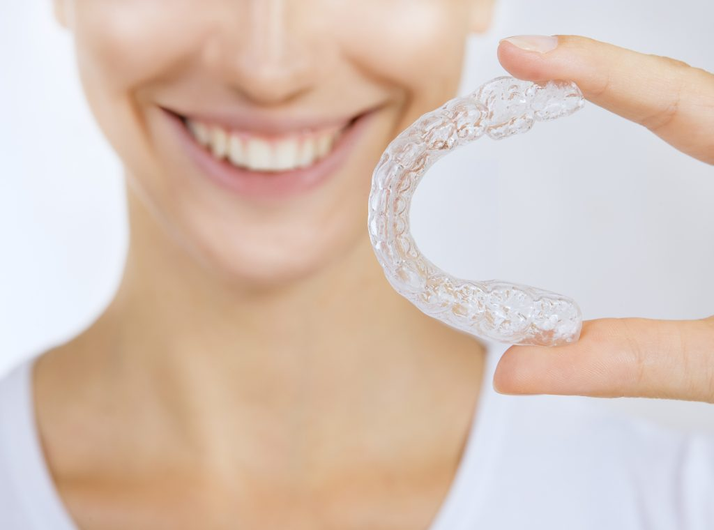 5 Reasons why Adults Prefer Invisalign